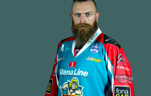 Matt Nickerson signs for MKL